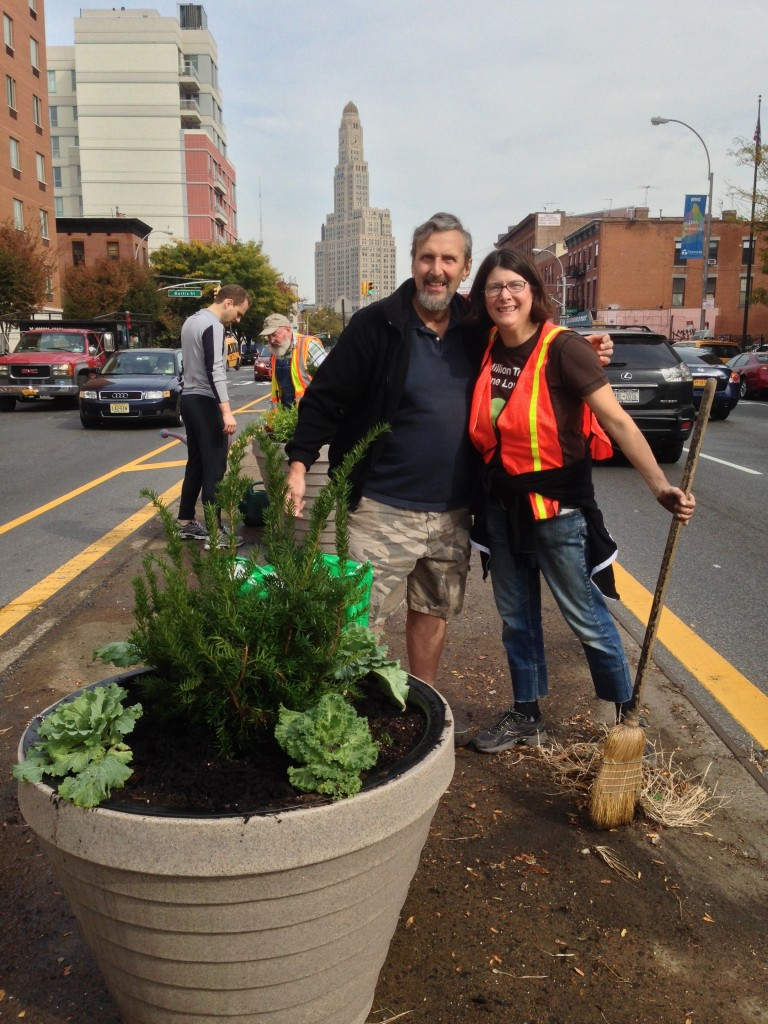 4th and Ninth_Planting on 4th Avenue_Spring14